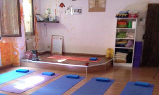 Ahimsa Ananda Yoga